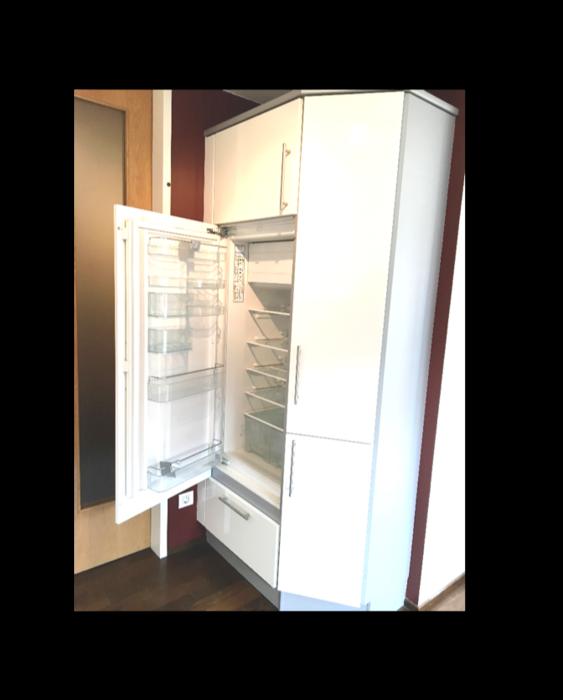 Großer Eck-Kühlschrank+Schrank