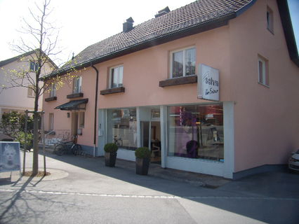Schönes Mehrfamilienhaus zentral gelegen in Klaus mit Mehrwert