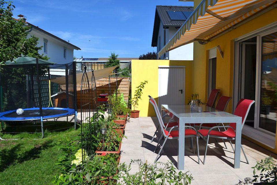 satteins neuwertiges einfamilienhaus mit garage zu verkaufen in satteins haus. Black Bedroom Furniture Sets. Home Design Ideas
