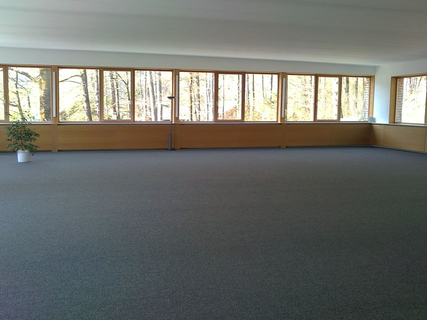Großraum  mit 240 m² west