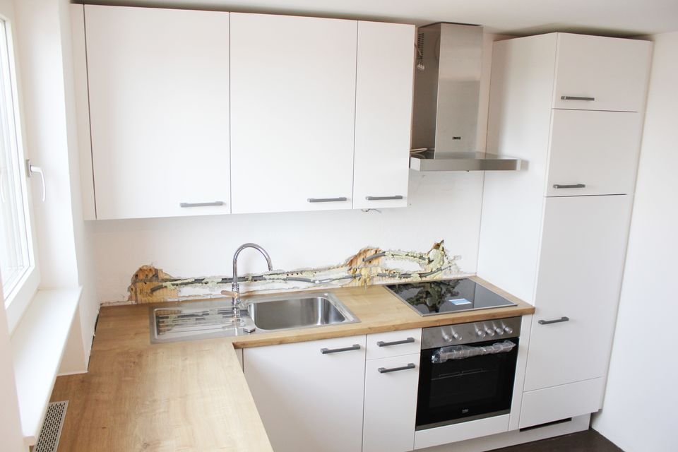 Küche (Rückwand in Arbeit)