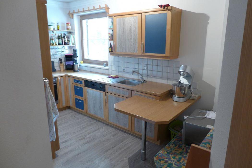 vollwertige Küche mit ausreichend Platz
