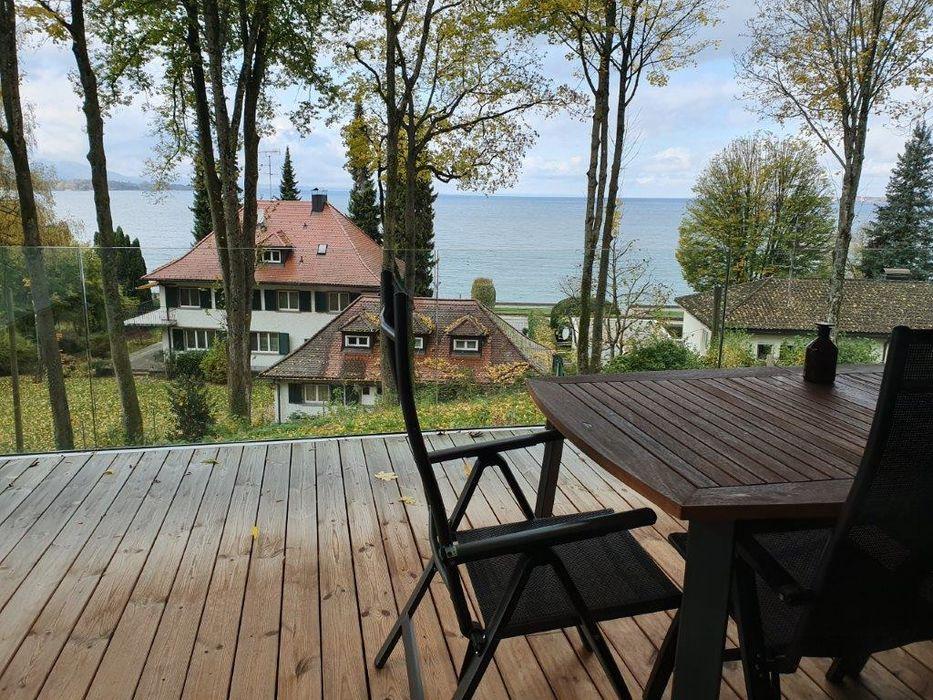 Terrasse mit Wasserblick, Veranda