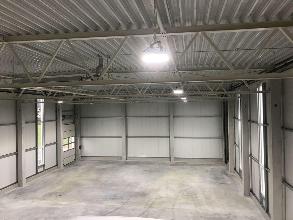 Garage mit Balkendecke