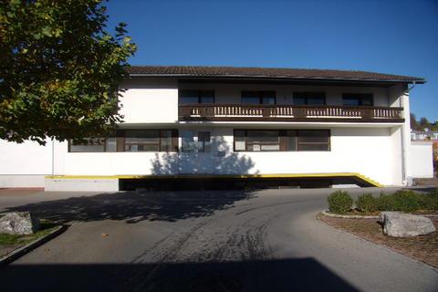 6-Zimmerwohnung in Schlins mit Option Werkstatt - Betriebsfläche